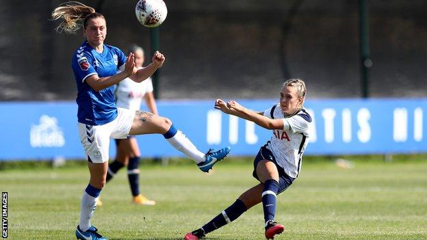 Josie Green shoots against Everton