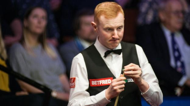 China Open: Anthony McGill wins despite oversleeping thumbnail