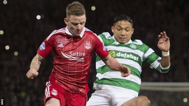 Aberdeen's Jonny Hayes and Celtic's Emilio Izaguirre