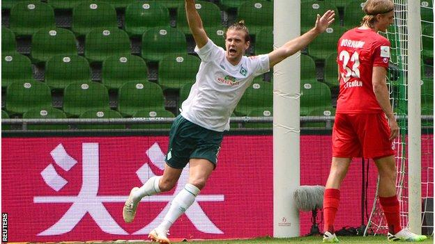 Werder Bremen's Niclas Fuellkrug celebrates scoring