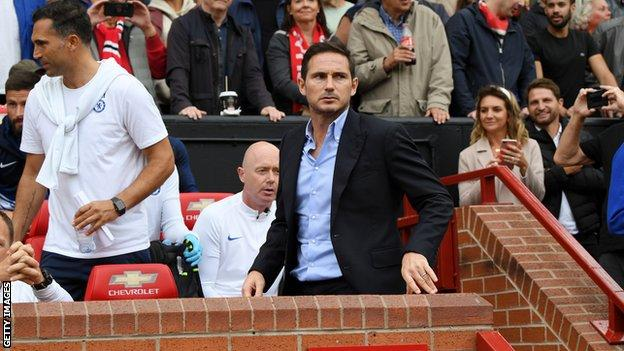 Frank Lampard (centre) at Old Trafford