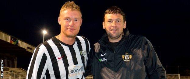 Andrew Flintoff (left) and Steve Harmison