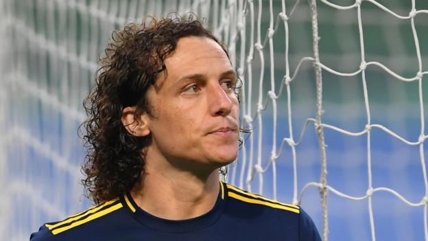 Transfer rumours: Luiz, Kante, Havertz, Sanchez, Coutinho, Dyche thumbnail