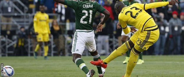 Kei Kamara scores for Columbus Crew against Portland Timbers in the MLS Cup final