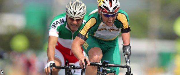 South Africa's Dane Wilson (right) ahead of Iran's Bahman Golbarnezhad
