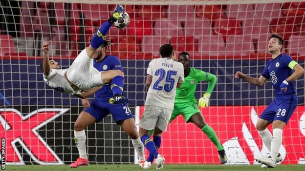 Mehdi Taremi scores for Porto against Chelsea in the Champions League