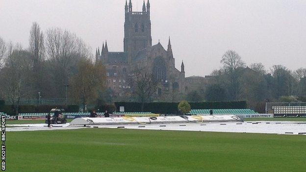 The covers remained on at New Road for four days running in Worcestershire's opening County Championship Division Two fixture of the season against Kent
