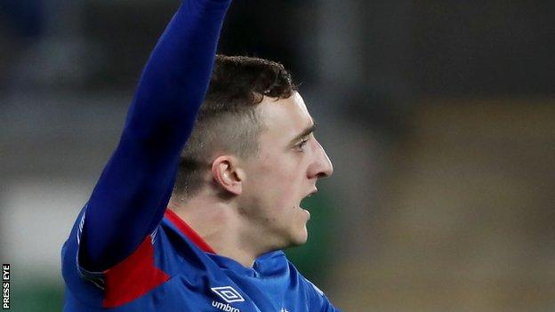 Joel Cooper scored the only goal as Linfield beat Cliftonville 1-0 at Windsor Park