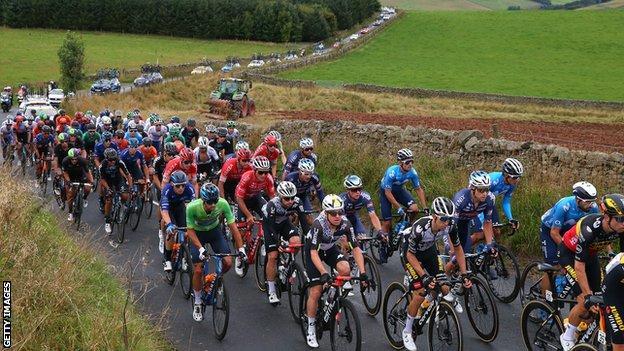 Tämän vuoden Tour of Britain päättyi 173 km: n ajomatkaan Stonehavenista Aberdeeniin.
