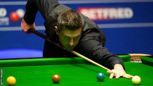 World Snooker Championship: Selby edges towards final, Murphy and Wilson all-square thumbnail