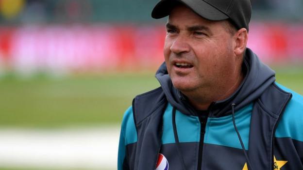 Mickey Arthur: Pakistan not renewing head coach's contract thumbnail