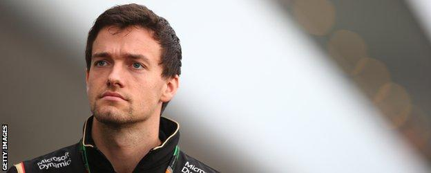 British driver Jolyon Palmer will make his F1 race debut with Renault in 2016