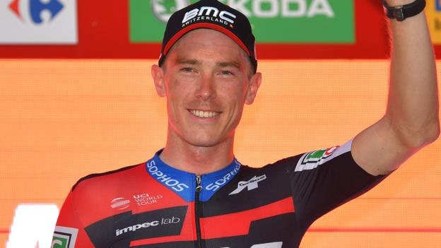 Vuelta a Espana: Rohan Dennis wins opening stage in Malaga thumbnail