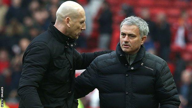 Jaap Stam and Jose Mourinho