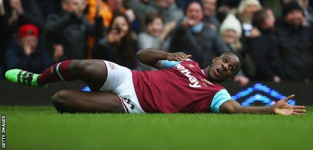 Michail Antonio celebrates scoring