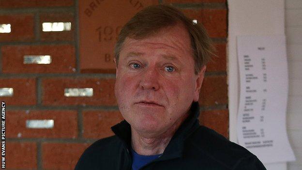 Hugh Morris