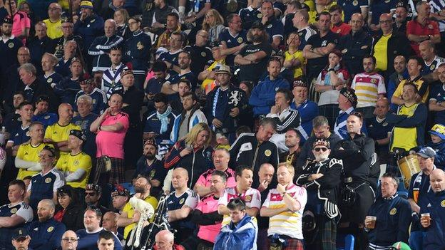 Scotland atmosphere 'toxic' in San Marino - Billy Dodds thumbnail