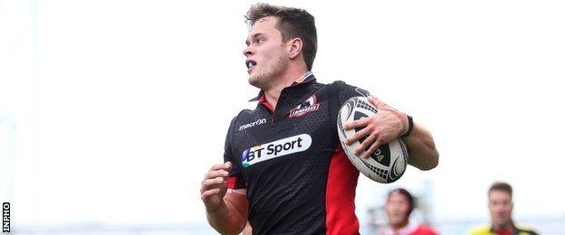 Chris Dean runs in Edinburgh's first-half try unopposed
