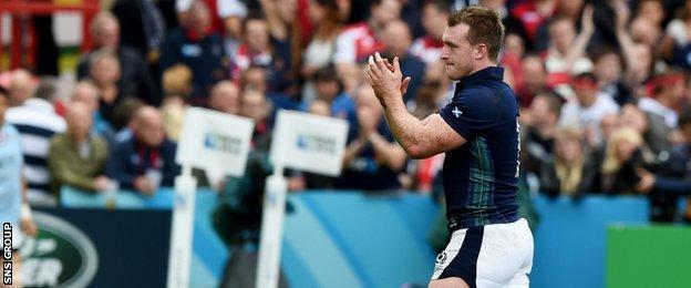 Stuart Hogg applauds Scotland fans