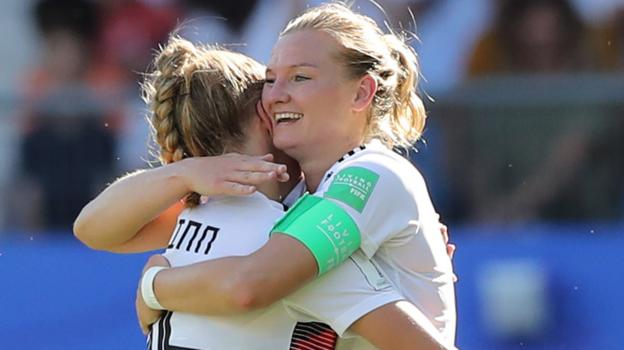 Women's World Cup: Germany thrash South Africa to finish top of group thumbnail