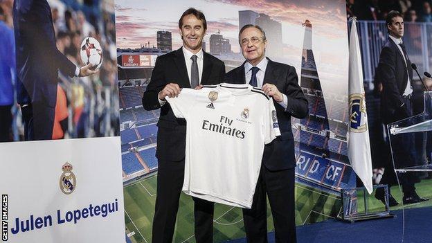 Julen Lopetegui with Real Madrid president Florentino Perez