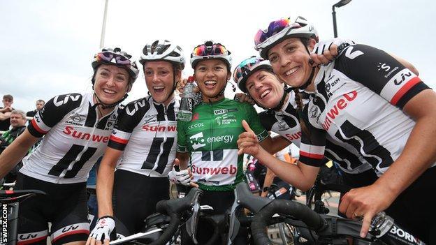 Coryn Rivera celebrates her win with Team Sunweb team-mates