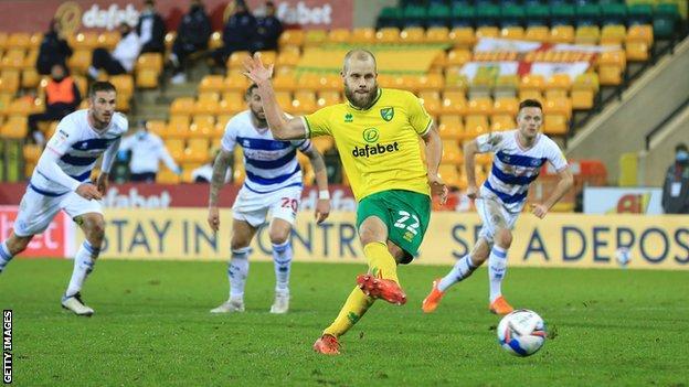 Teemu Pukki scores a penalty for Norwich City