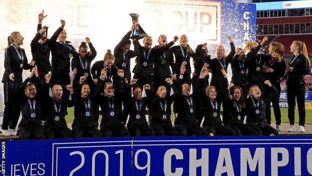England celebrate winning the SheBelieves Cup