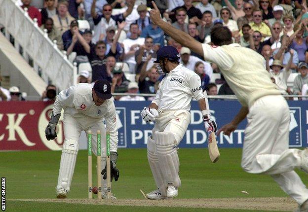 Michael Vaughan bowls Sachin Tendulkar