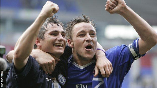 Frank Lampard and John Terry celebrate Chelsea's first ever Premier League title in 2005