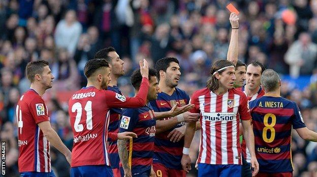 Filipe Luis is sent off for Atletico Madrid at Barcelona