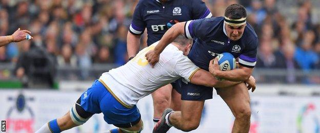 Stuart McInally carries ball for Scotland against Italy