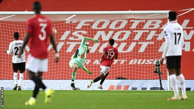 Amad Diallo scores for Man United