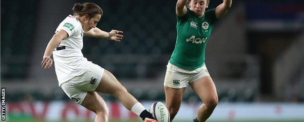 Katy Daley-Mclean kicks the ball at Twickenham