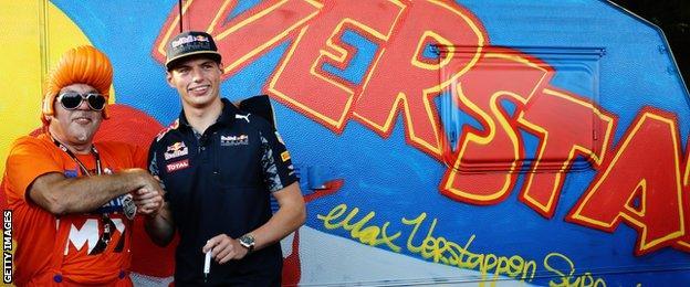 max verstappen meets his fans