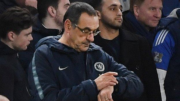 Maurizio Sarri: Why end is near for Chelsea manager after defeat by Man Utd thumbnail