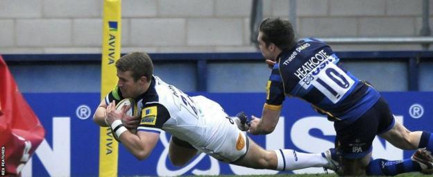 Warriors fly-half Tom Heathcote in action against Bath