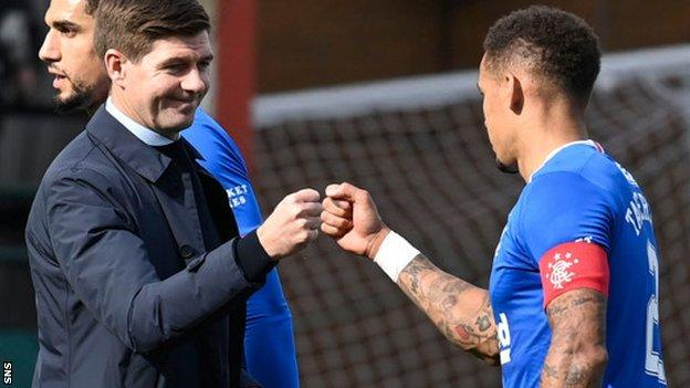 sports Rangers manager Steven Gerrard congratulates captain James Tavernier