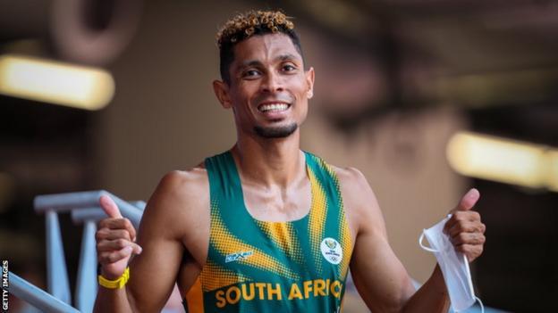 South Africa's Wayde van Niekerk celebrates qualifying for the Olympic 400m semi-finals