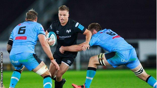 Gareth Anscombe has played 27 internationals for Wales