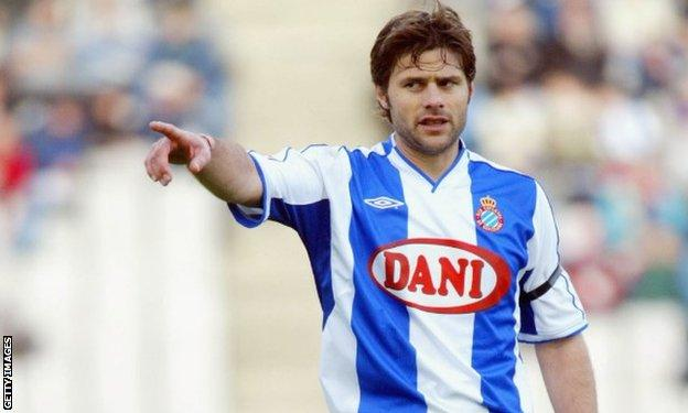 Mauricio Pochettino playing for Espanyol