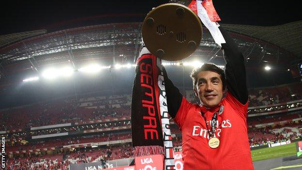 Bruno Lage won the Portuguese title with Benfica in 2019