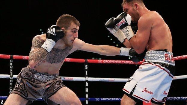 Sam Eggington fights Dan Evans