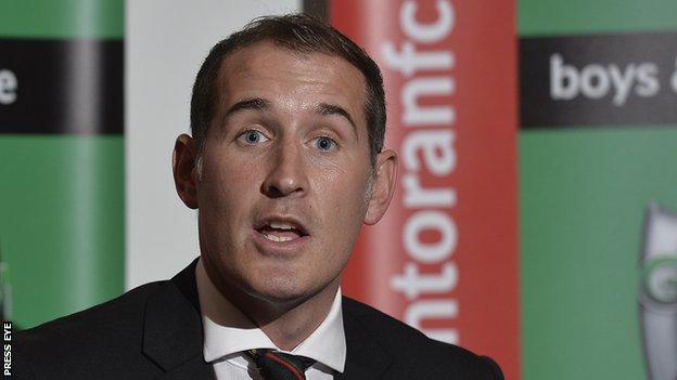 New Glentoran manager Gary Haveron
