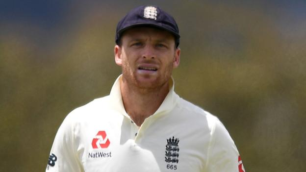 New Zealand v England: Jos Buttler injury worry for second Test thumbnail
