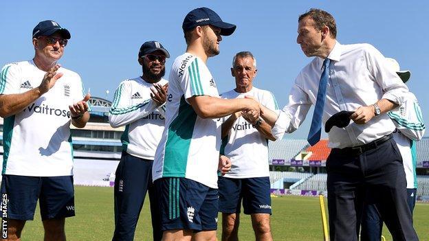 Ben Duckett receives his England cap