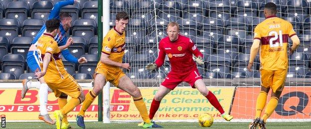 Kris Boyd scores for Kilmarnock