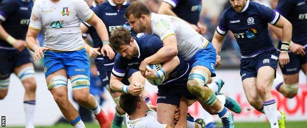 Peter Horne carries for Scotland