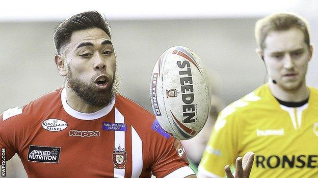 Salford winger Ken Sio played for Hull Kingston Rovers in the 2015 and 2016 Super League seasons