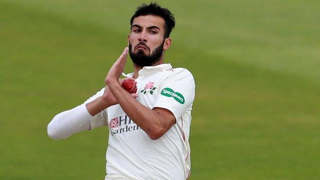 Saqib Mahmood did not bowl in the second innings for Lancashire at Northampton